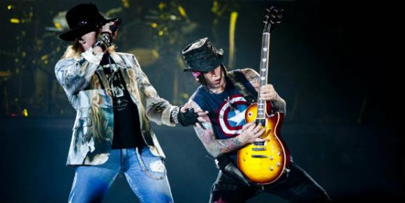 Noite de rock com o Guns N' Roses (Pedro Fran�a/Esp.CB/D. A Press)