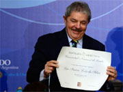 Lula recebe Honoris Causa de sete universidades (Daniel Garcia/AFP Photo)